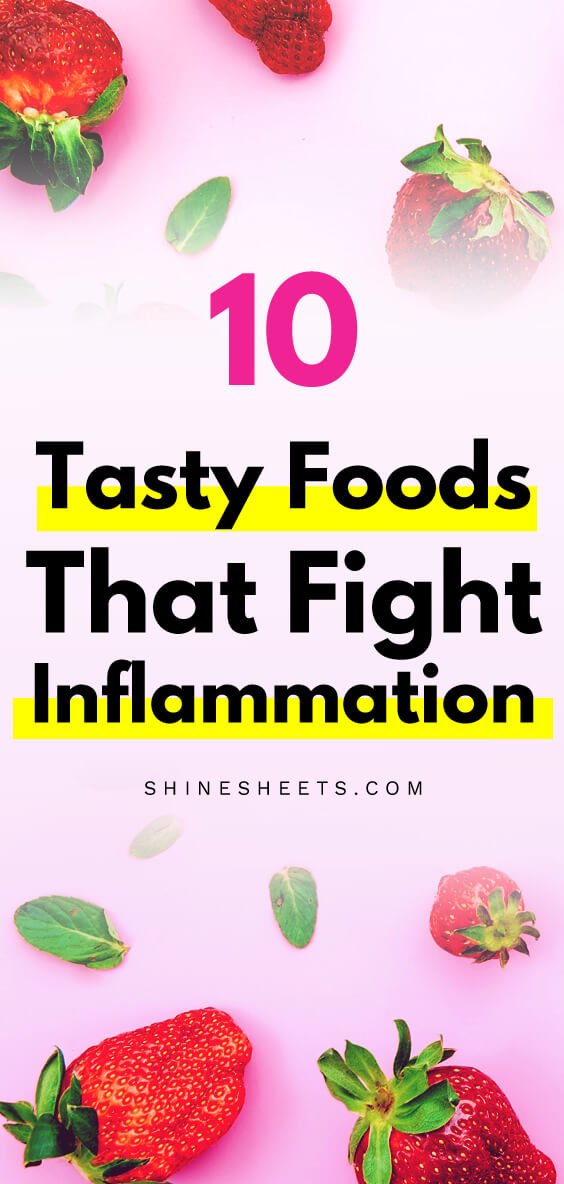Anti-inflammatory berries on pink table