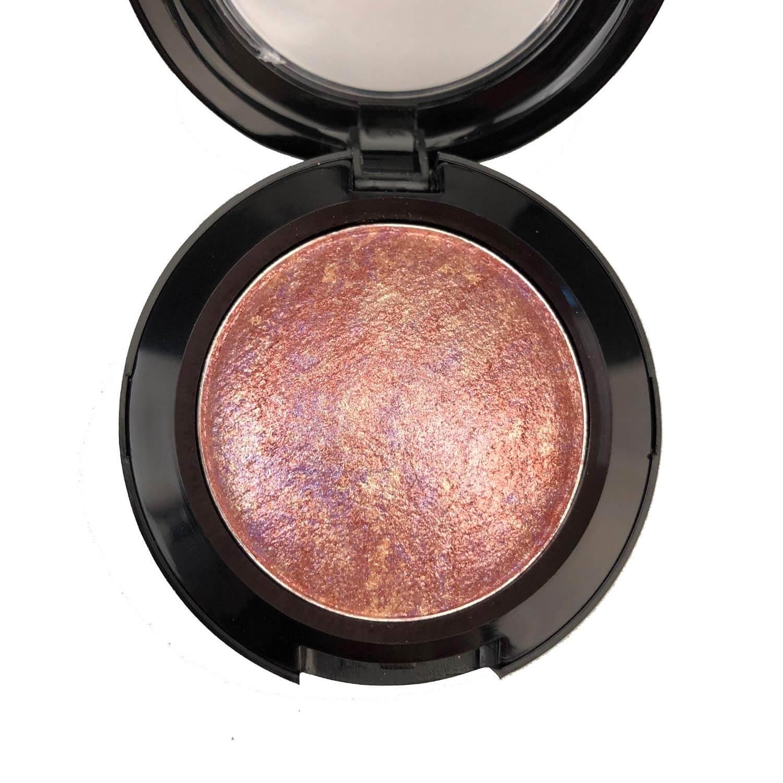 Natural eyeshadow piece in terracota
