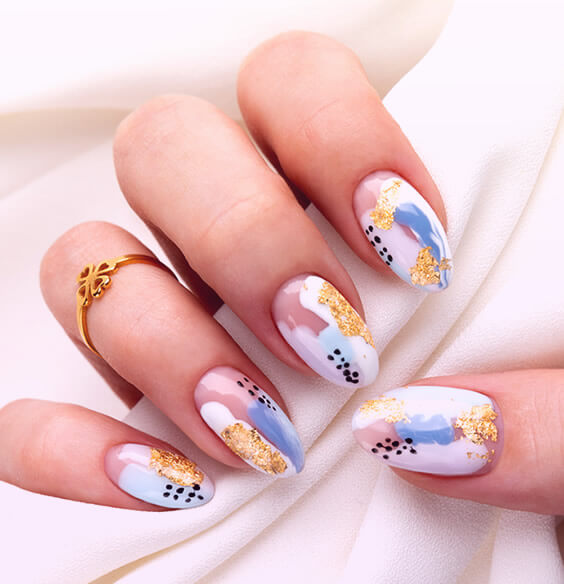 10 Classy Nail Designs That Look Awesome With Any Outfit
