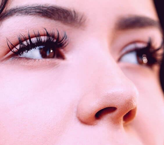 eyelash lift procedure