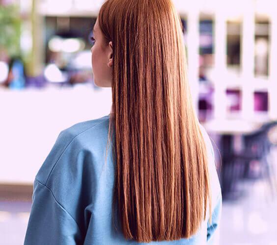 beautiful redhead hair after having a hair spa day