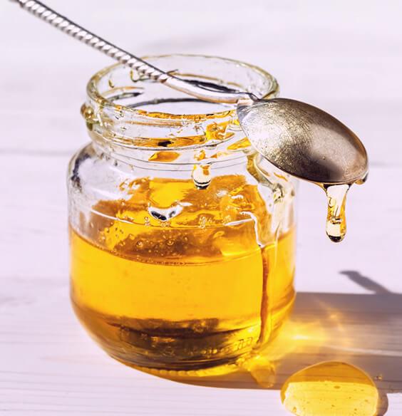 4 Mighty Health Benefits Of Manuka Honey