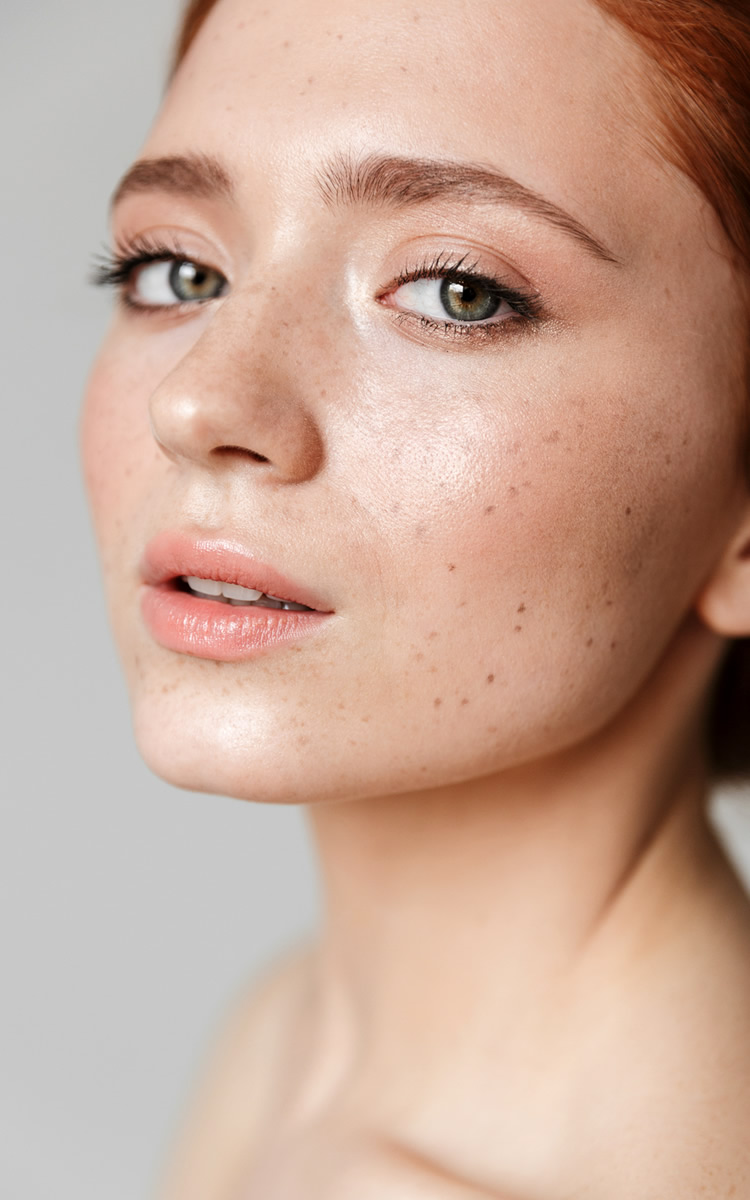 woman without forehead acne clear skin