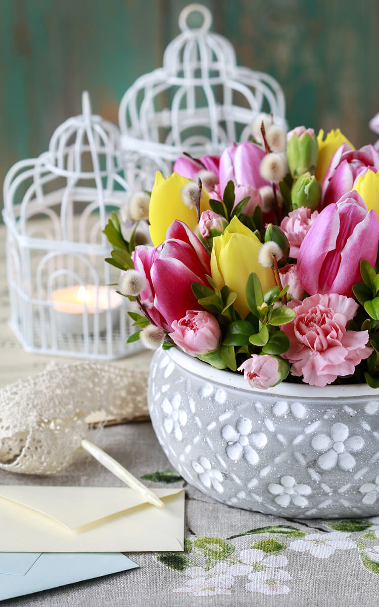 easy diy easter decor with flowers step 3