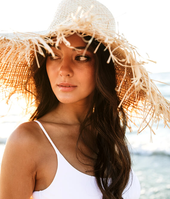 pretty woman with a straw hat