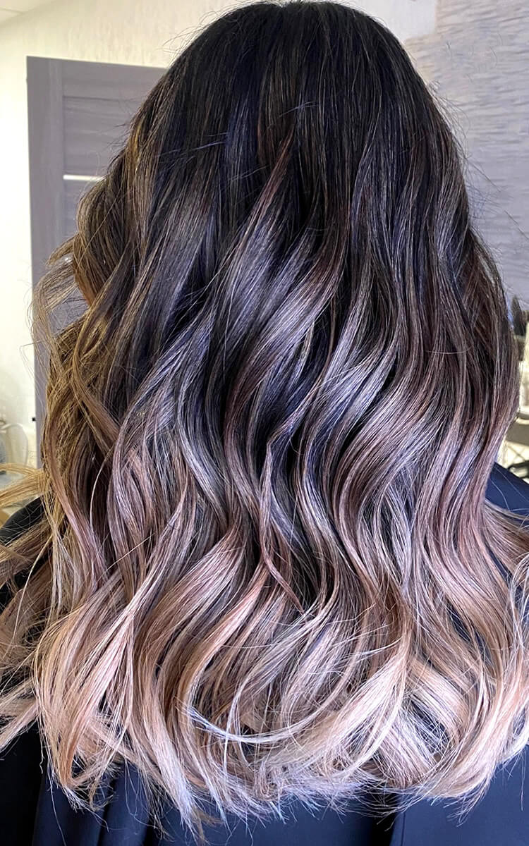wavy hair with ombre balayage hair color