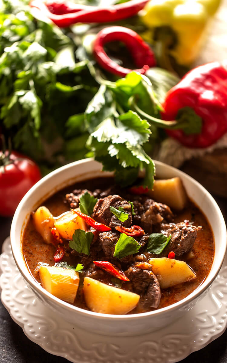 beef stew as one of the natural collagen sources