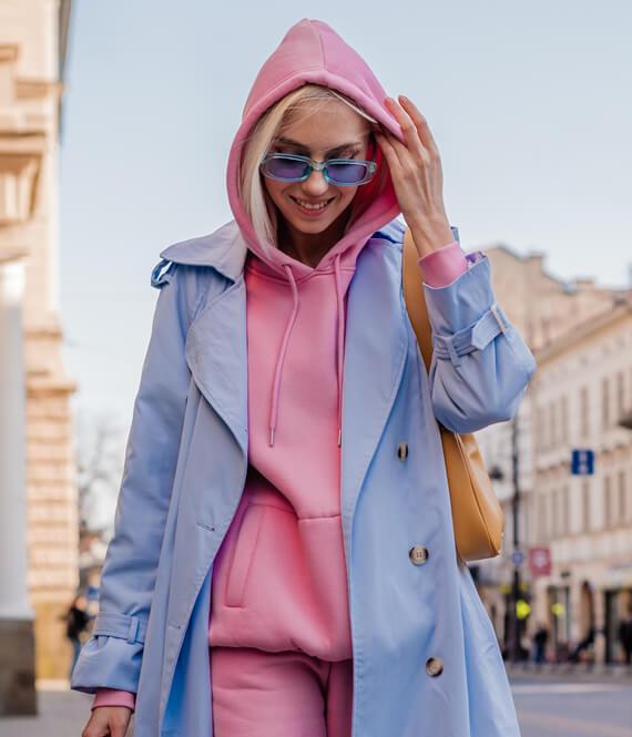 woman with y2k fashion
